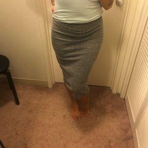 Dresses & Skirts - Stretchy grey skirt